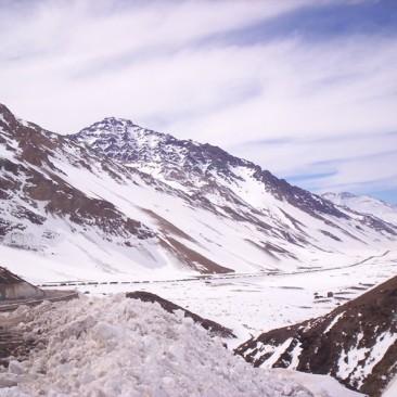 Cordillera y camiones